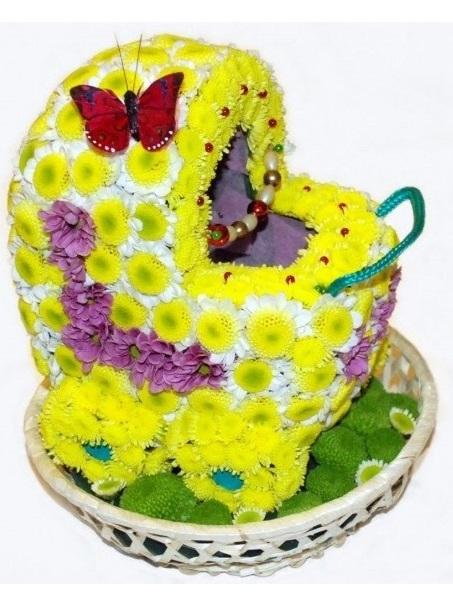 Коляска из цветов своими руками 85